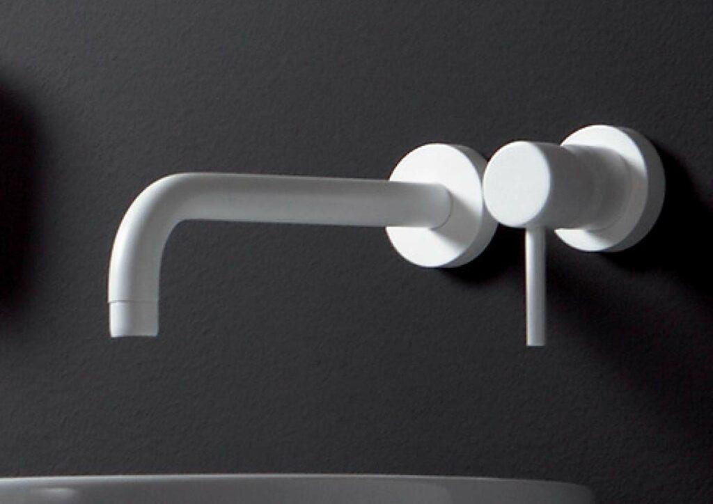 Weißer Design Wasserhahn