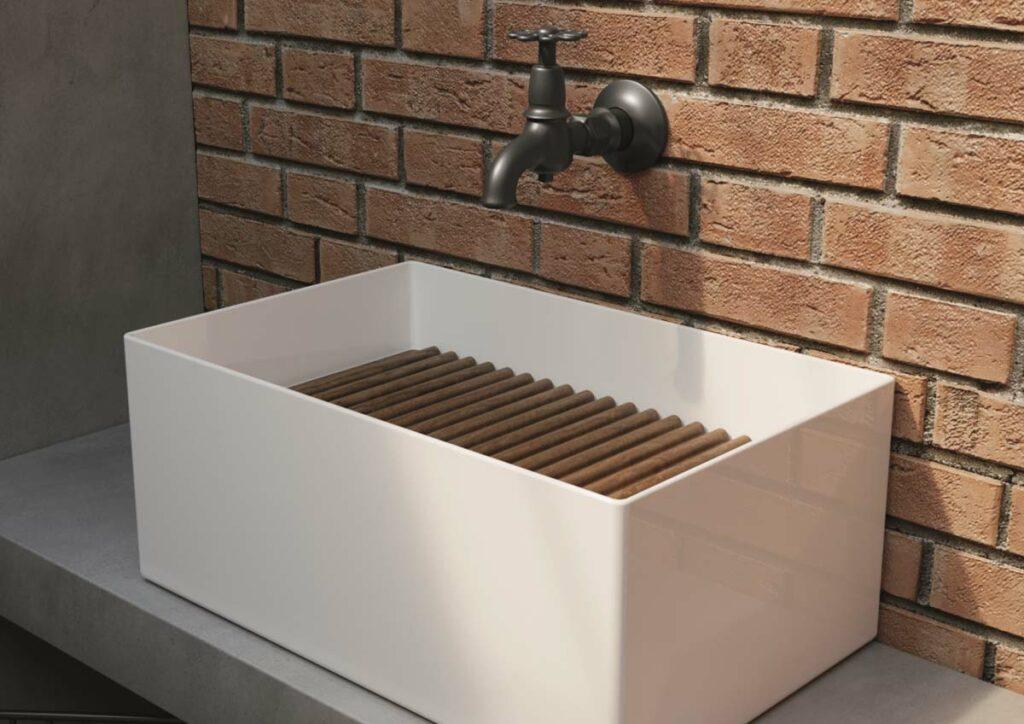 Simples Design Waschtisch Buttenhauser